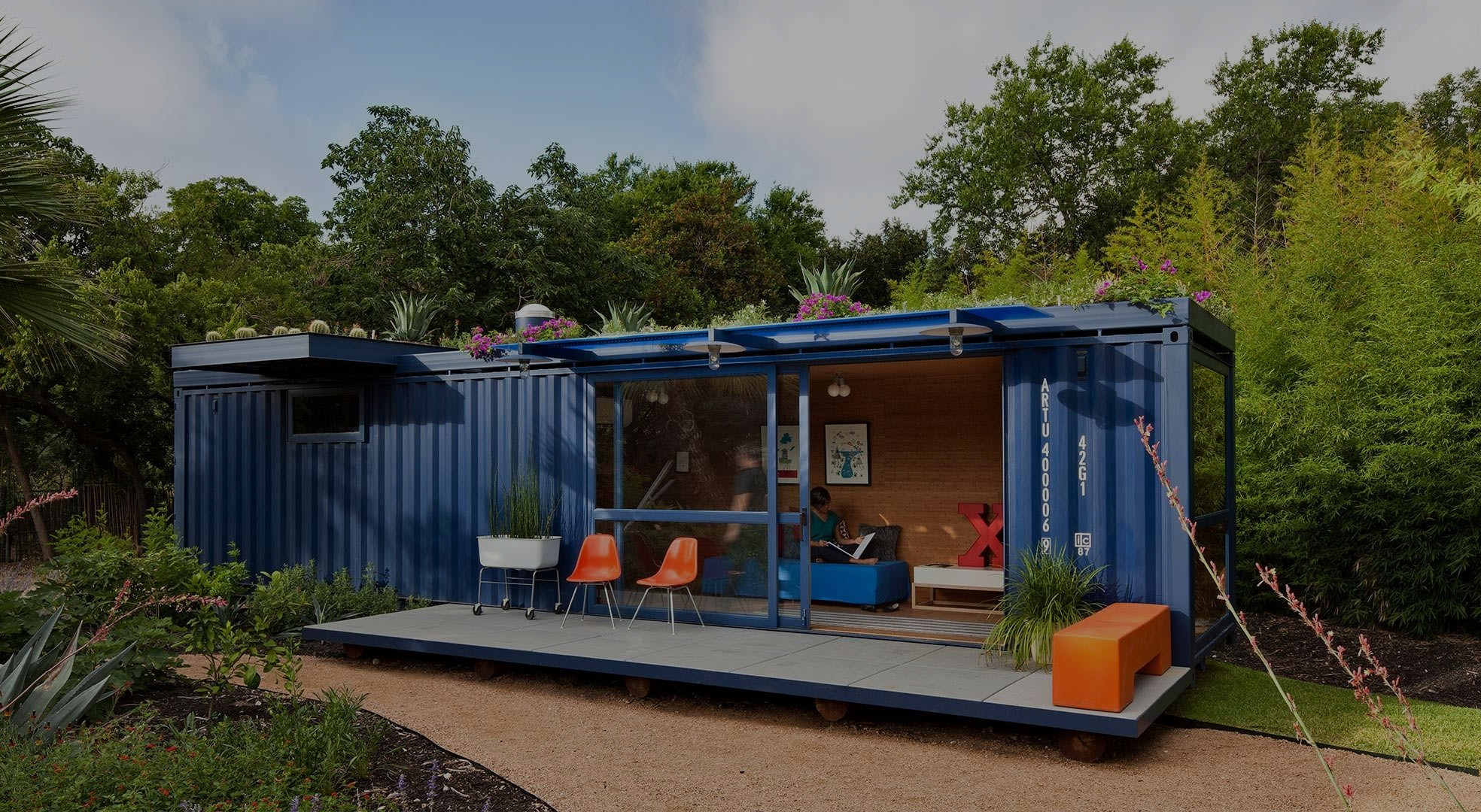Container homes gives you a alternative to the traditional way of building a home, moving away from brick and mortar. With modern and stylish finishes your new Container home can be Eco-friendly, stand out from the rest and can also be off the grid.